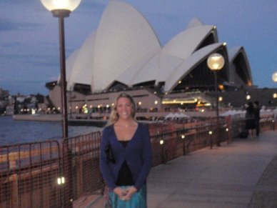 united military travel, sydney opera house, military travel loans, travel loans, military travel, military, australia,